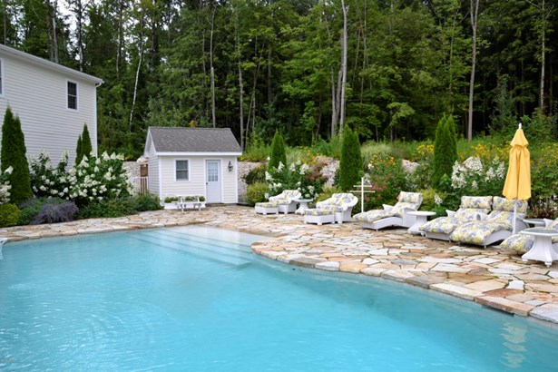 11 Londonderry Dr, Great Barrington, MA - USA (photo 4)
