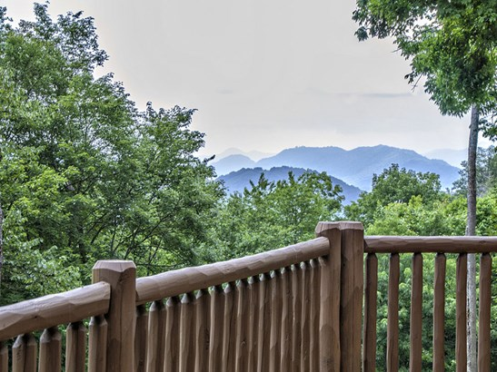 174  Fountain Spring Lane, Waynesville, NC - USA (photo 2)