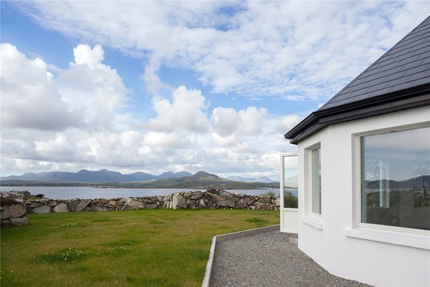 Cashel, Connemara - IRL (photo 2)