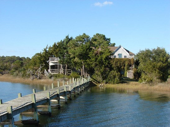 102 Gibbs Circle, Beaufort, NC - USA (photo 1)