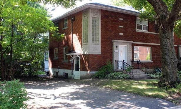 6884 20e Avenue, Rosemont/la Petite-patrie (montréal), QC - CAN (photo 1)