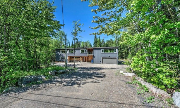12 Rue Des Bouleaux, Morin-heights, QC - CAN (photo 1)