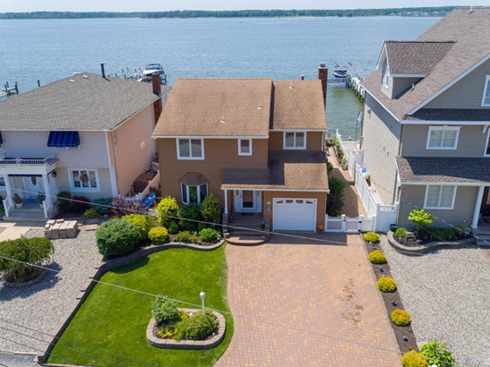 Single Family,Attached, Contemporary - Toms River, NJ (photo 2)