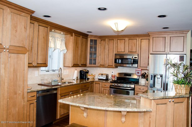 Raised Ranch, Single Family,Detached - Toms River, NJ (photo 4)