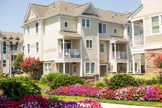 Condominium,Townhouse, Attached,Townhouse - Long Branch, NJ (photo 3)