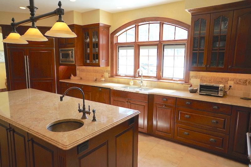 Kitchen #2 (photo 5)