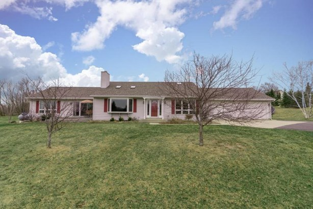 2121 Co Rd K - Welcome Home (photo 1)