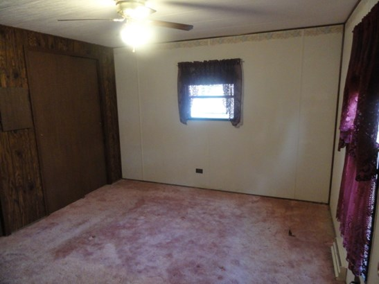 Back Bedroom (photo 4)