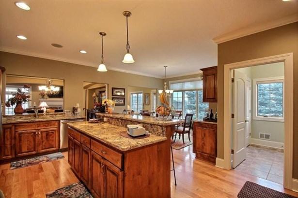 Kitchen 1 (photo 3)