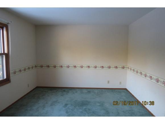master bedroom upper (photo 2)