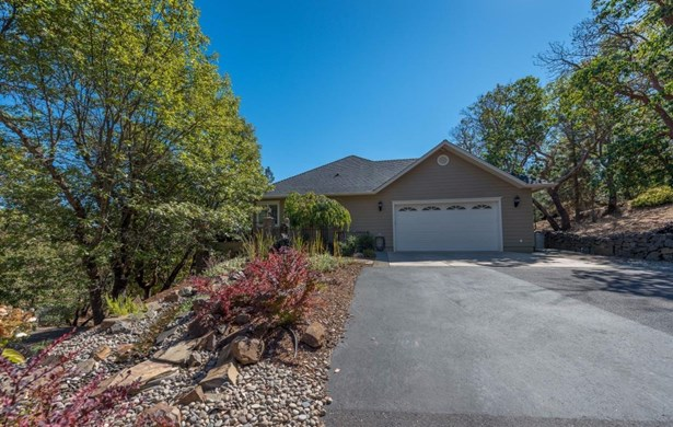3691 Ross Ln , Central Point, OR - USA (photo 4)