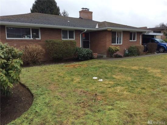 R0301 Undisclosed , Everett, WA - USA (photo 1)