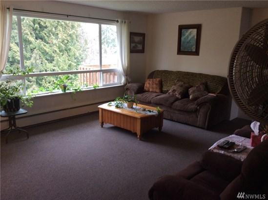 R0301 Undisclosed , Everett, WA - USA (photo 4)