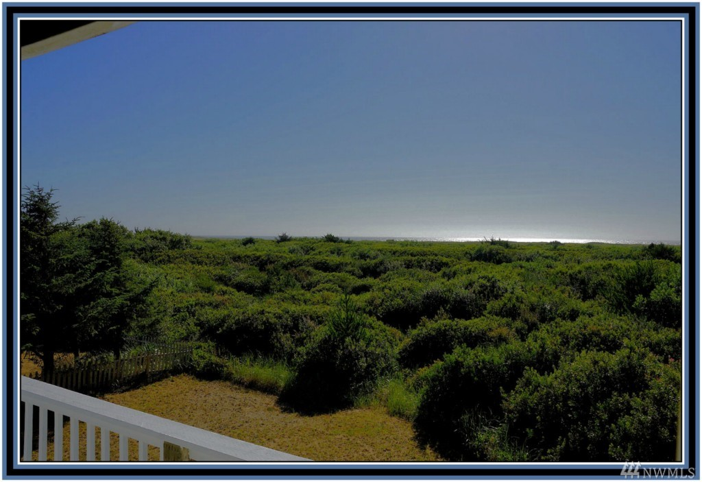 189 Sand Dune Ave Nw , Ocean Shores, WA - USA (photo 3)