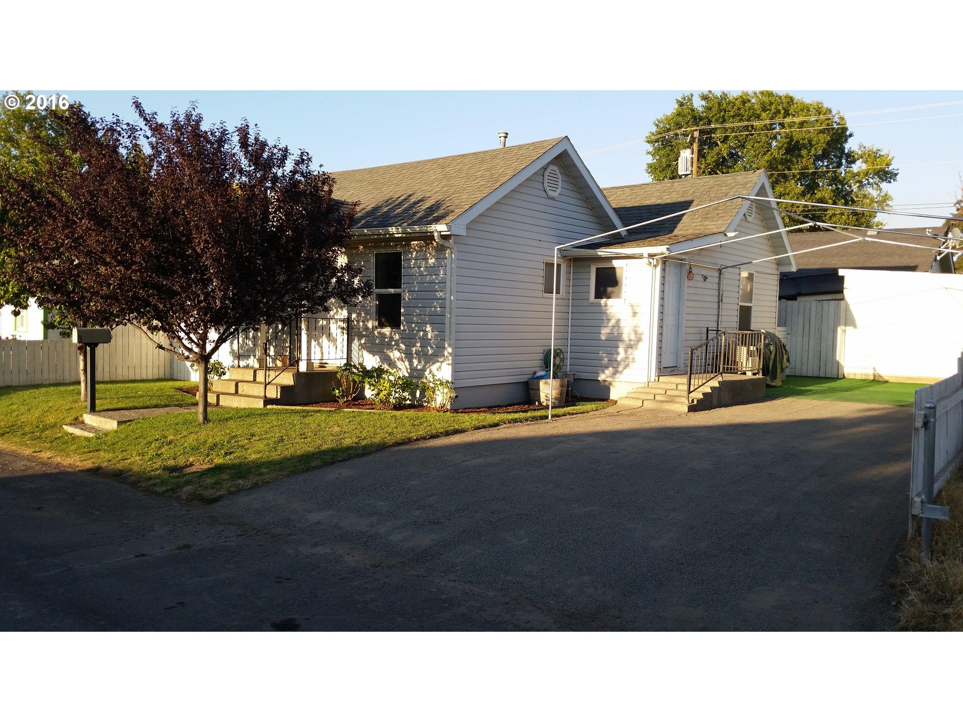 818 Perkins St , Milton Freewater, OR - USA (photo 1)