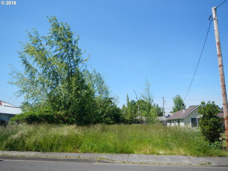 370 37th St , Springfield, OR - USA (photo 1)