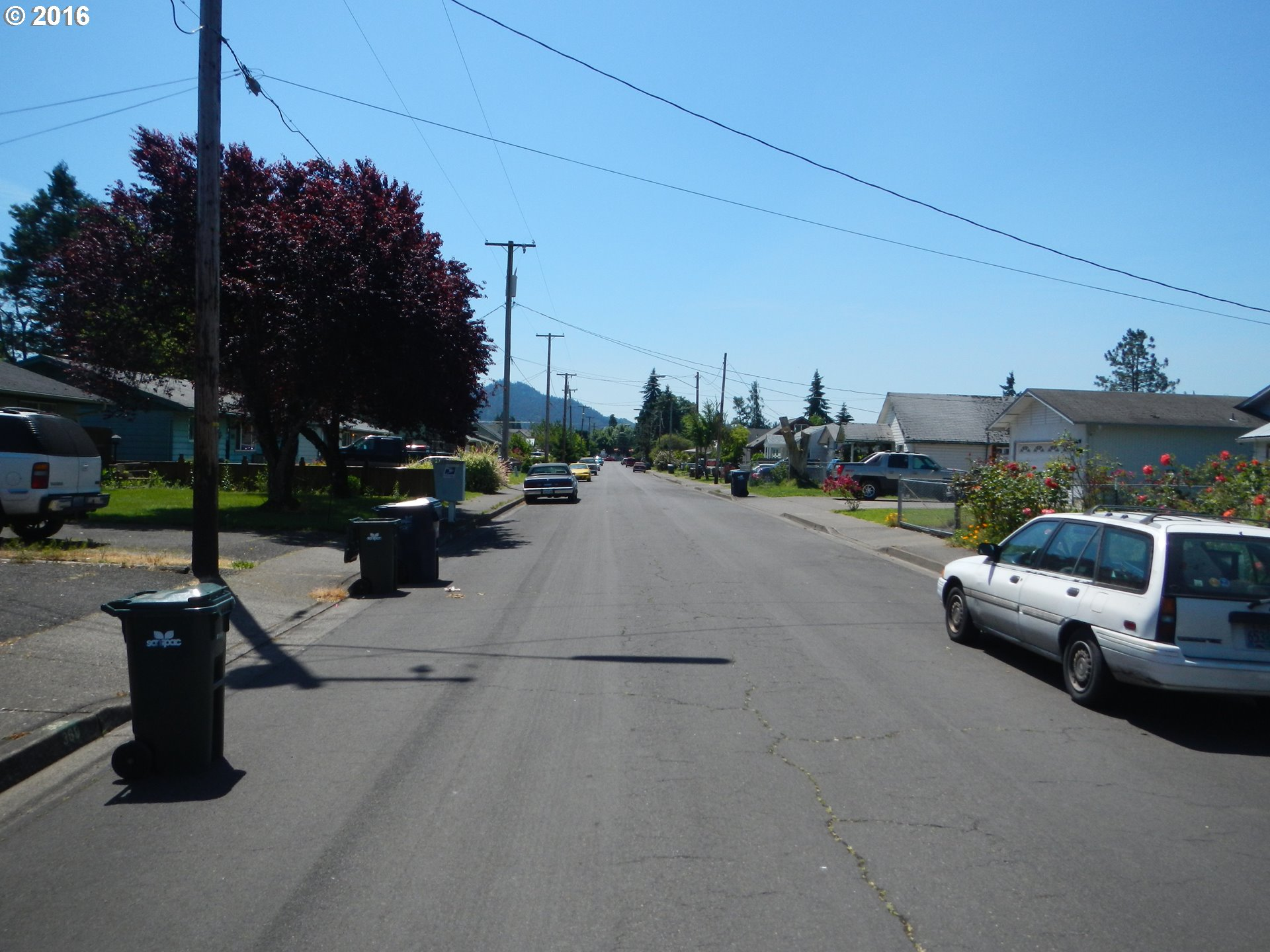 370 37th St , Springfield, OR - USA (photo 2)