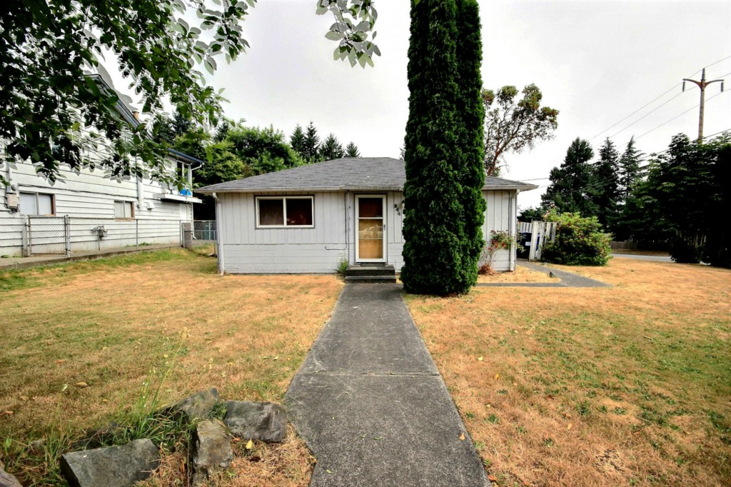 344 S 184th St , Burien, WA - USA (photo 1)