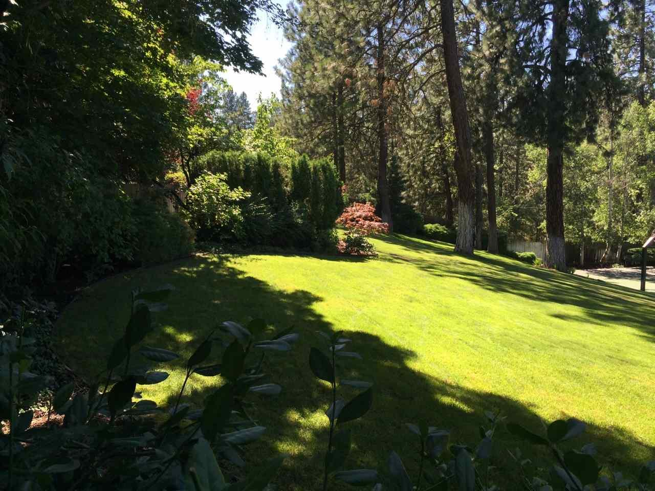 1612 S Crest Hill Dr , Spokane, WA - USA (photo 1)