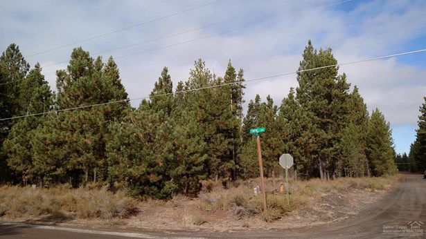 15932 Twin Dr , La Pine, OR - USA (photo 2)