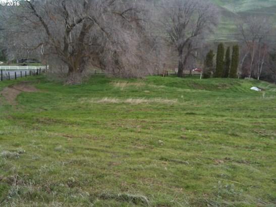 9278 Hwy 14 , Wishram, WA - USA (photo 3)