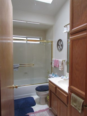 714 Sw I St , Grants Pass, OR - USA (photo 3)