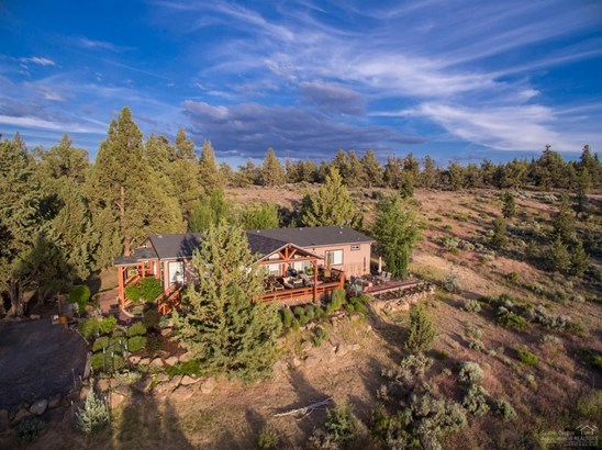 18025 Plainview Road , Bend, OR - USA (photo 2)