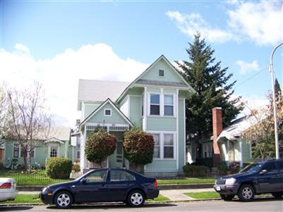 221 N Holly St , Medford, OR - USA (photo 1)