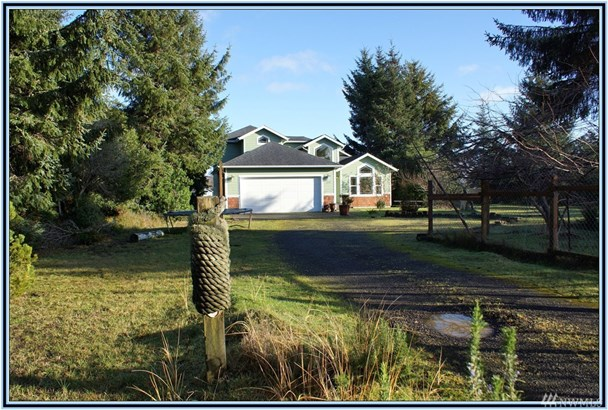 590 Weatherwax Lp Ne , Ocean Shores, WA - USA (photo 5)