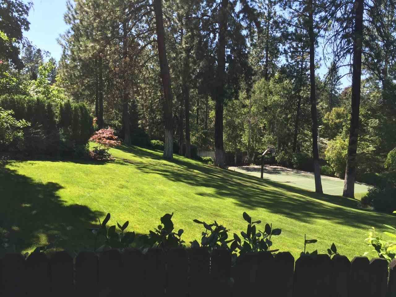 1606 S Crest Hill Dr , Spokane, WA - USA (photo 4)