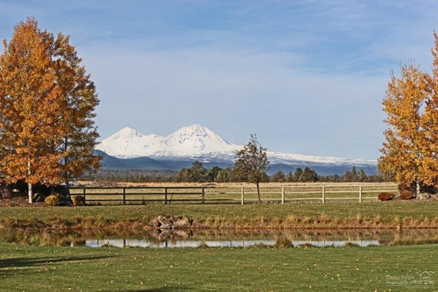 18985 Couch Market Road , Bend, OR - USA (photo 4)