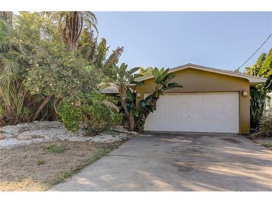 Single Family Home, Florida,Ranch - MADEIRA BEACH, FL (photo 2)