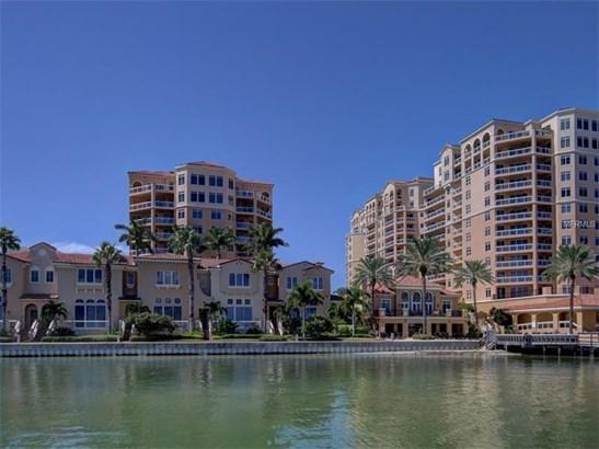 Townhouse, Spanish/Mediterranean - CLEARWATER BEACH, FL (photo 3)