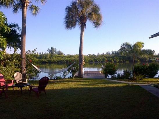 Triplex, Bungalow,Courtyard,Florida - REDINGTON SHORES, FL (photo 1)
