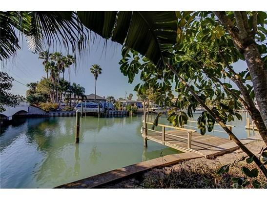 Single Family Home, Florida,Ranch - MADEIRA BEACH, FL (photo 3)