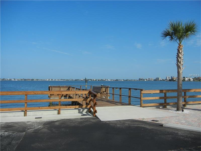 Condo - BELLEAIR BLUFFS, FL (photo 2)