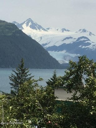 L1 B6 Eastern Avenue, Whittier, AK - USA (photo 1)