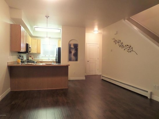 9247 Commons Place #15, Anchorage, AK - USA (photo 2)