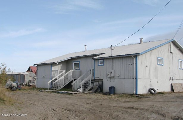 720 5th Avenue, Bethel, AK - USA (photo 1)