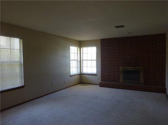 Condominium, Traditional - Oklahoma City, OK (photo 4)
