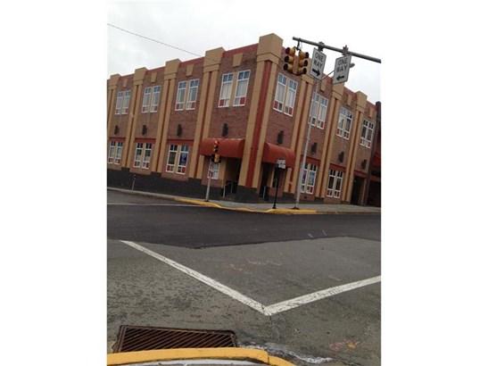 911 Ligonier Street Suite 003, Latrobe, PA - USA (photo 1)