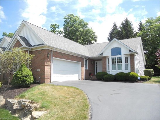 222 Blue Winged Se Dr, Warren, OH - USA (photo 1)