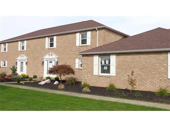112 Clubhouse Drive C C, West Middlesex, PA - USA (photo 1)
