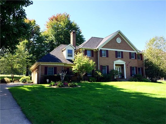 27 Oak Tree Court, West Middlesex, PA - USA (photo 1)