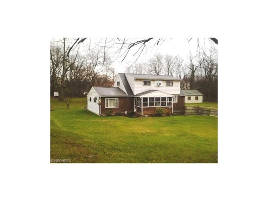 1926 Salt Springs Rd, Youngstown, OH - USA (photo 1)