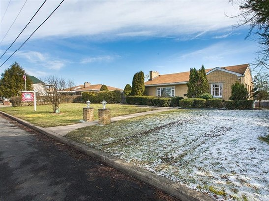 1222 Dennis Ave., Monessen, PA - USA (photo 1)