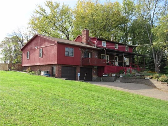 1686 Old Leechburg Road, New Kensington, PA - USA (photo 1)