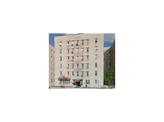 Garden Apartment, Co-Operative - Bronx, NY (photo 1)