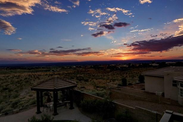 Mediterranean, Detached - Albuquerque, NM (photo 3)