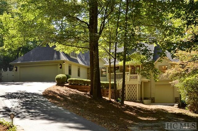 1.5 Story, Single Family Home,1.5 Story - Sapphire, NC (photo 1)
